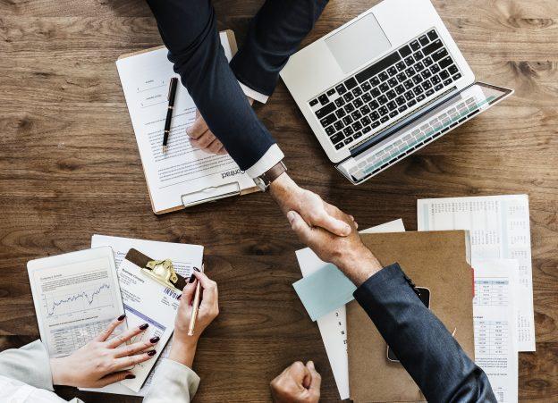 Få en fast samarbejdspartner til at stå for professionel oversættelse